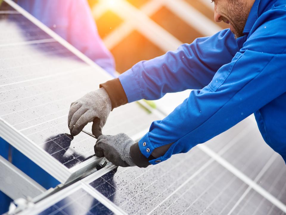 Painéis solares incorporados à construção