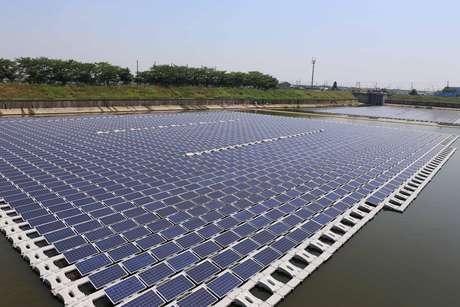 Energia solar flutuante atrai interesse de empresas estrangeiras para o Brasil