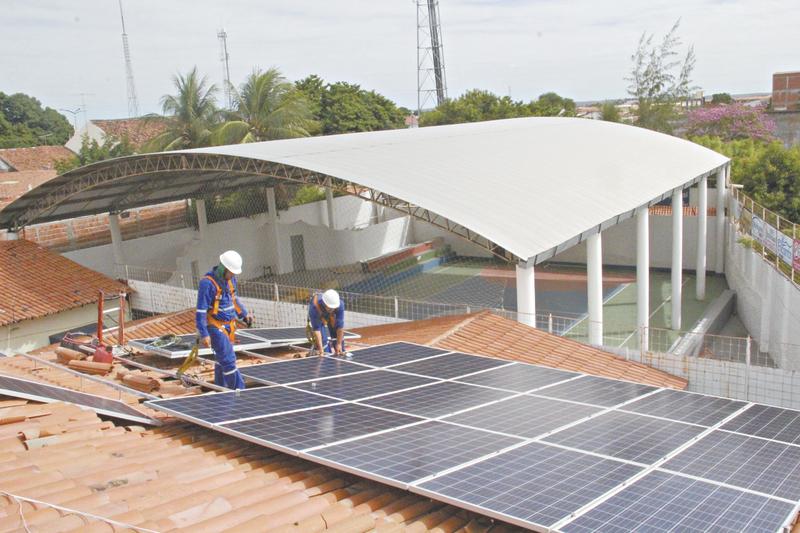 Fique por dentro do que compõe o kit de energia solar fotovoltaico